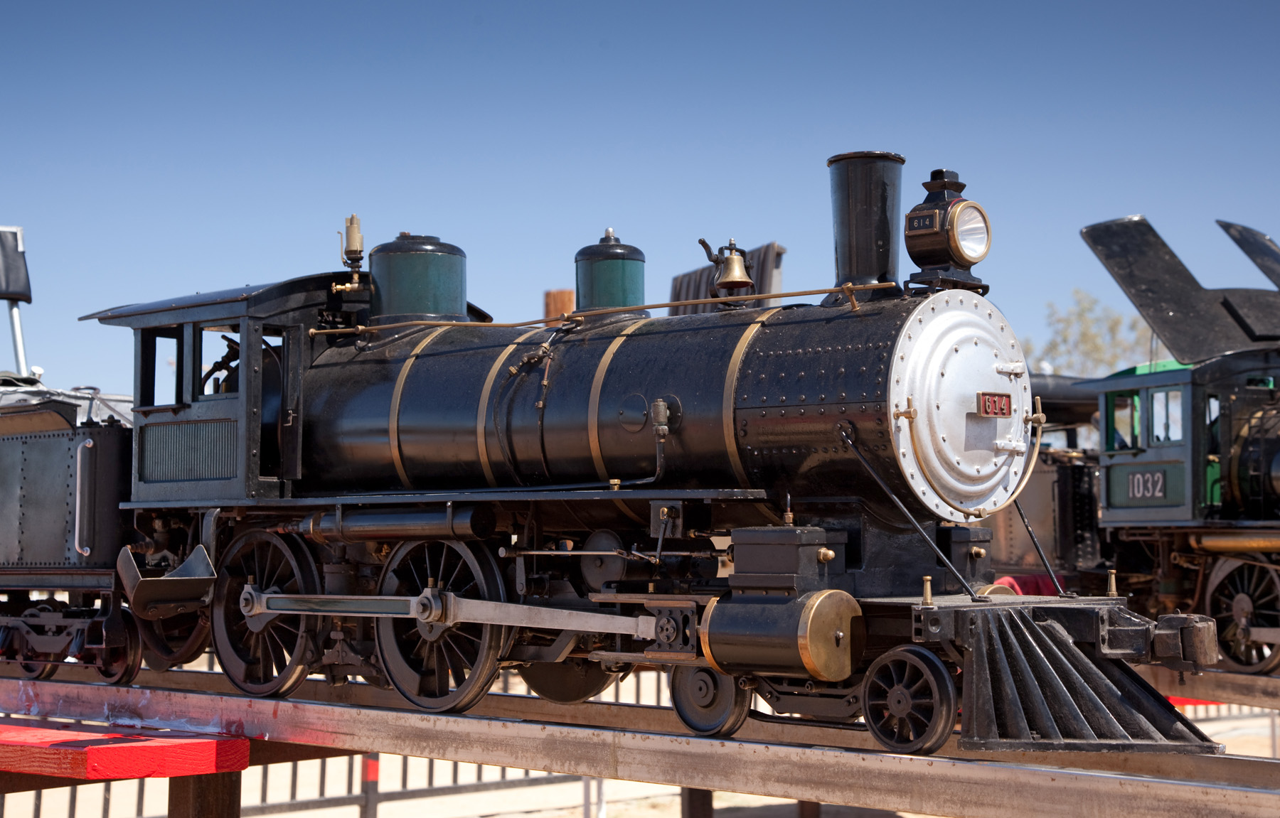 Allen Models: Live Steam Locomotives, parts and track for 7 5